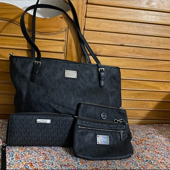 Micheal Kors diaper bag and accessories